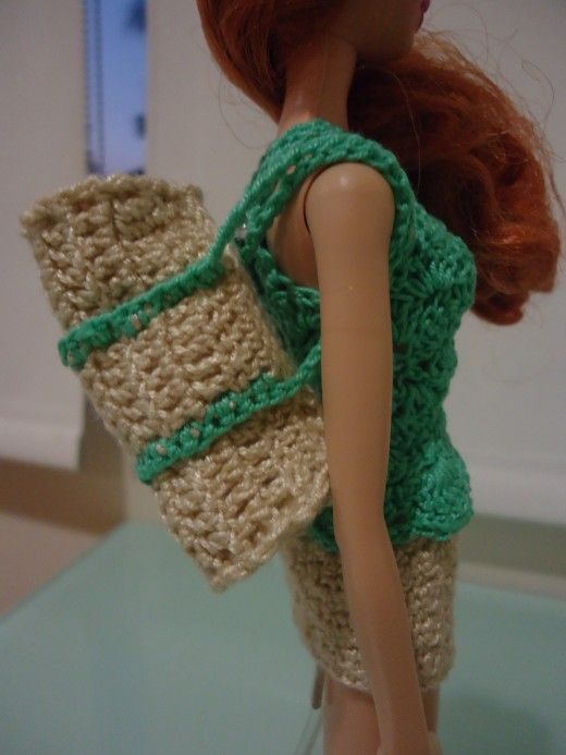 Free Crochet Pattern For Laundry Bag : 139 best Fashion Doll Crochet Clothes images on Pinterest