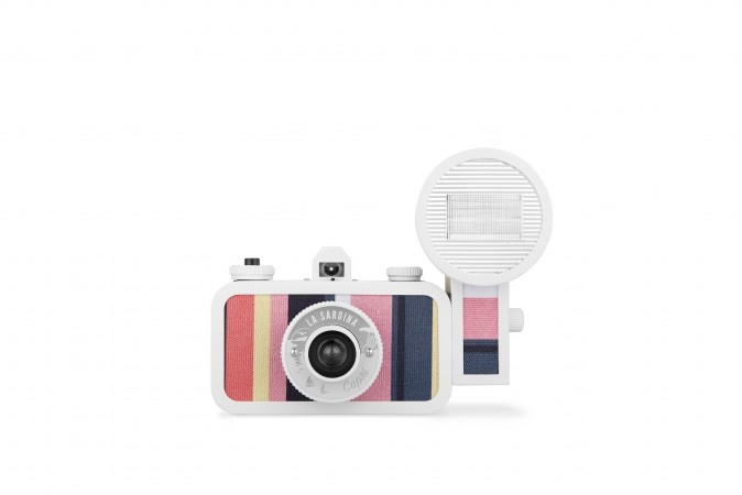 Item of the Day – Lomography La Sardina Cameras
