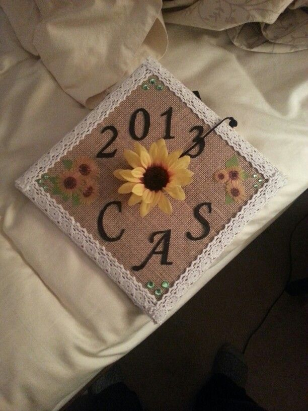 Burlap And Sunflower Decorated Graduation Cap With Images Graduation Cap Decoration