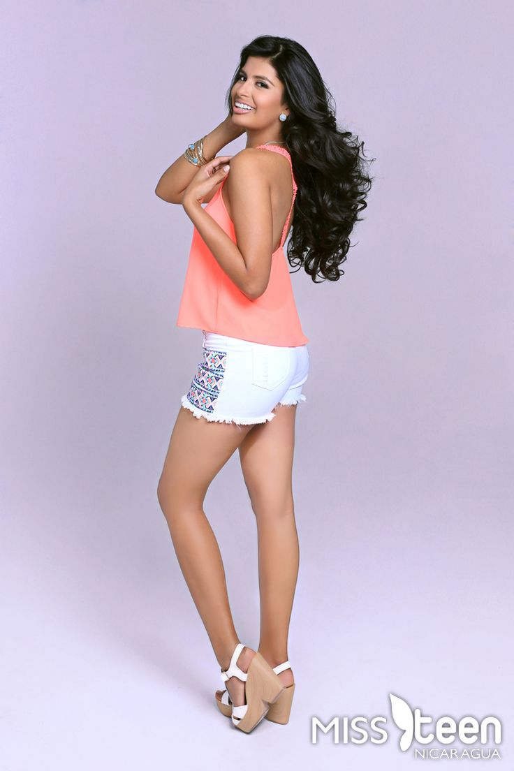 Ella es Chelsea Uriarte Abella, tiene 16 años y representa a Managua. Candidata a #MissTeenNica 2015.