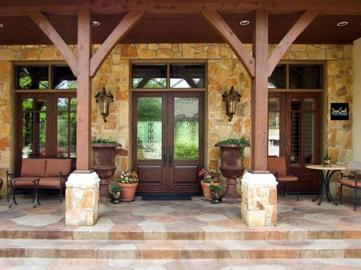 LOVE this proch.  Texas Hill Country porch