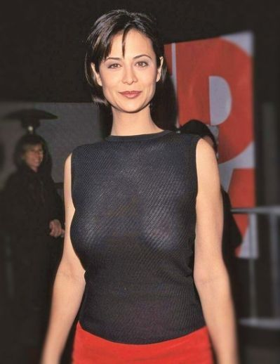 Catherine Bell Nude Photos 24