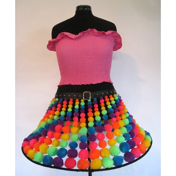 Ok. So once I learn to make synthetic hair falls I'm going to create my Kandi-kid Raver outfit of doom. Complete with Neon Falls and THIS waveable pom pom skirt! This will happen.
