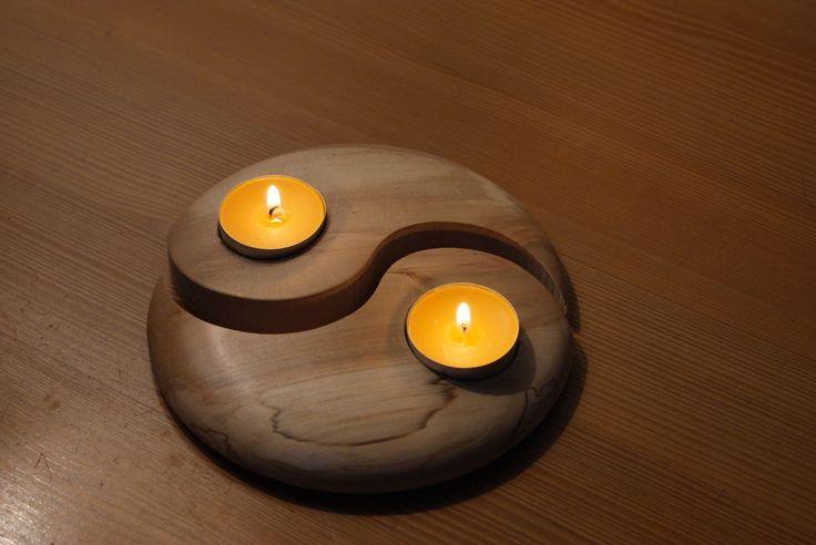 """Ambiance détente avec ce photophore """"yin et yang"""" en bois tourné. Pour bougies chauffe plats de 38mm non fournies. tourné dans une de mes essences fétiche, ce porte bougies tro - 5850139"""