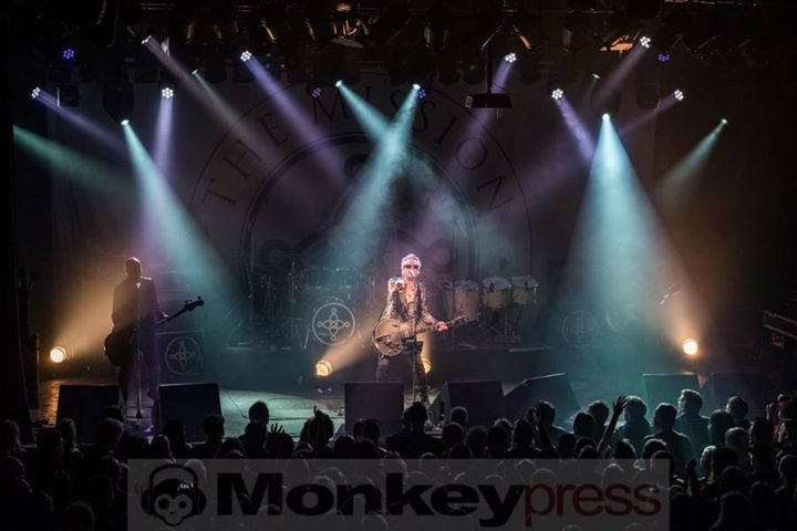 THE MISSION  Bochum Zeche (09.11.2017)     monkeypress.de - sharing is caring! Autor/Fotograf: Angela Trabert Den kompletten Beitrag findet Ihr hier: Fotos: THE MISSION  http://monkeypress.de/2017/11/fotos/the-mission-bochum/