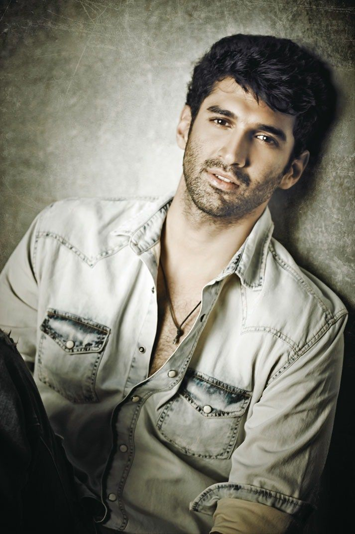 18 Dreamy Photos Of Aditya Roy Kapoor That Will Make You Go 'Tum Hi Ho'