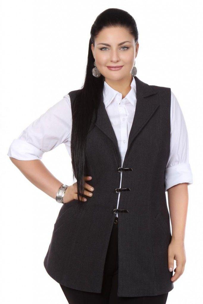 Черный костюм для полных женщин