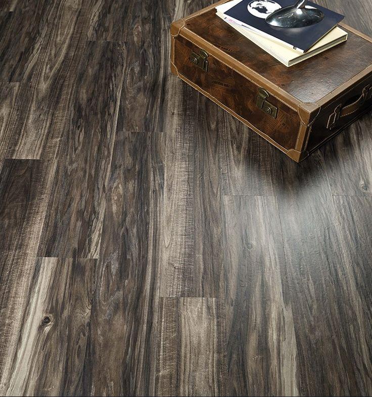 luxury vinyl plank vs engineered hardwood Luxury vinyl