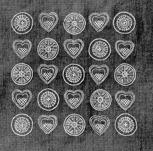 1950s Swedish embroidery hearts   Flickr: Intercambio de fotos