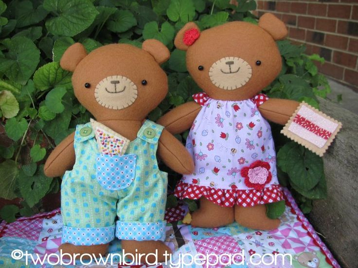 Cute Picnic Time Pattern Featuring Melly & Me's Teddy Bear