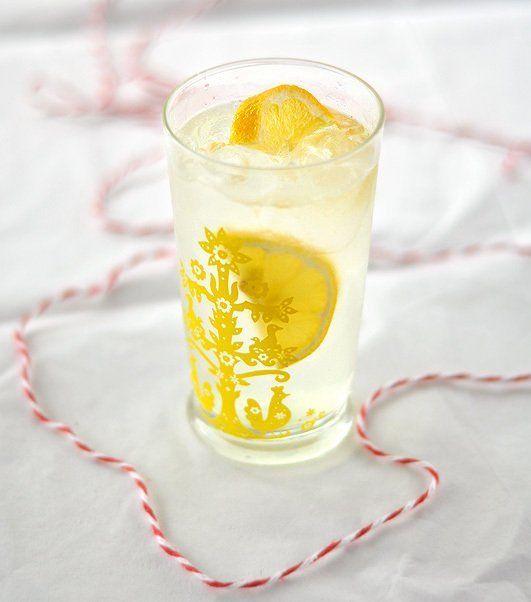 How To Make Lemon Shake Ups at Home