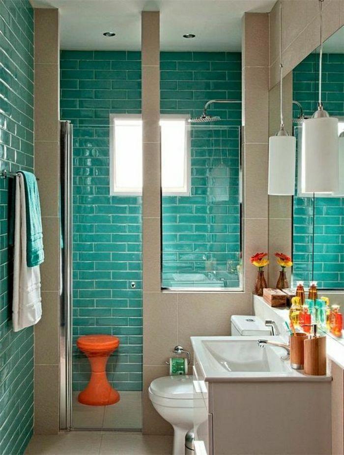 cuartos de baño pequeños, azulejos en verde de mar, baño ...