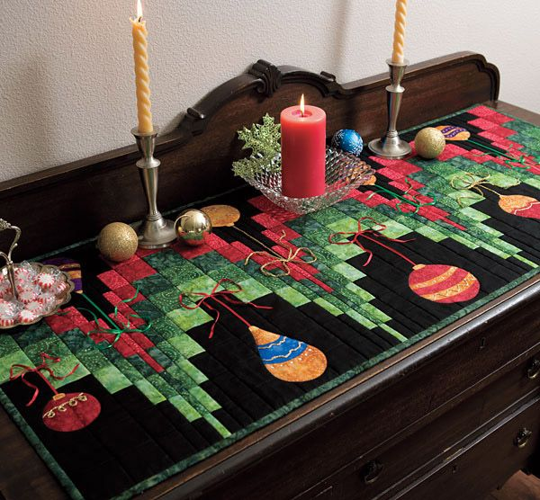Perfect runner for christmas - this is a cute idea!