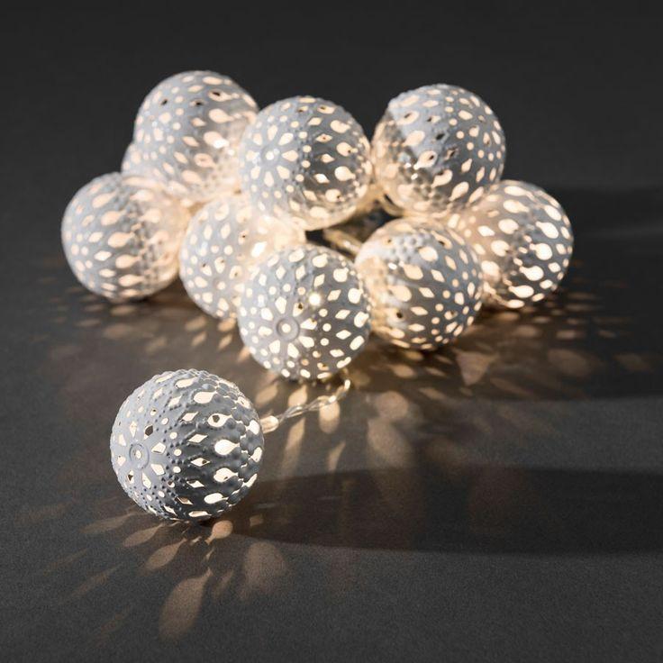 Batteridrevet Metallballer LED Lysslynge Hvit 10 Lys - Batteridrevet - Innendørs Julebelysning - Julebelysning - Innebelysning | Designbelysning.no
