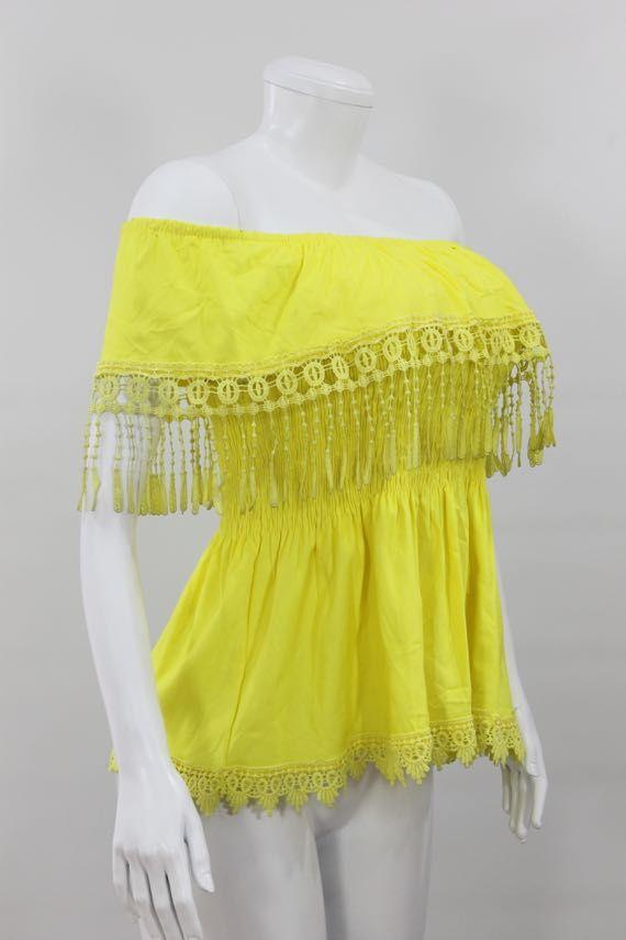 Blusa algodón semi-licrado, cuello bandeja, tipo campesina, cordones decorativos en crochet con caida. - http://tuvestier.com/producto/blusa-americana-ref-033/
