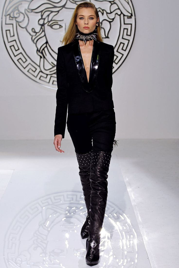 style shop online Versace Fall 2013 Ready to Wear Collection Photos   Vogue