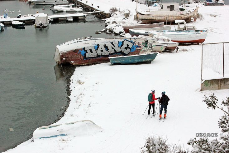 https://flic.kr/p/QWwV13 | Best Place for Skiing . . . | Best Place for Skiing A couple of skiers take in the stunning Harbor view Heavy snow in Thessaloniki Greece 2017