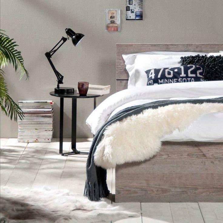 Ledikant Mika: stoer en betaalbaar tweepersoonsbed. Landelijke bedden van Leen Bakker #leenbakker #bedroom