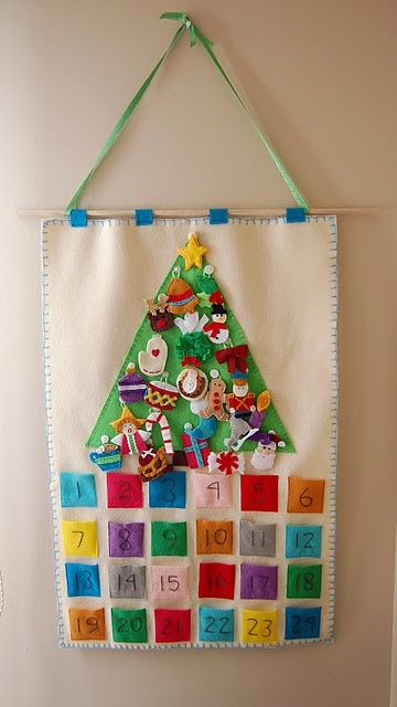 christmas countdown! A Velcro backed felt ornament for the tree in each pocket!