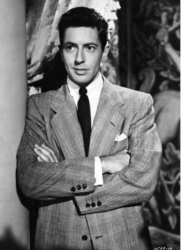 Farley Granger, absolutely loved him in Strangers on a Train!