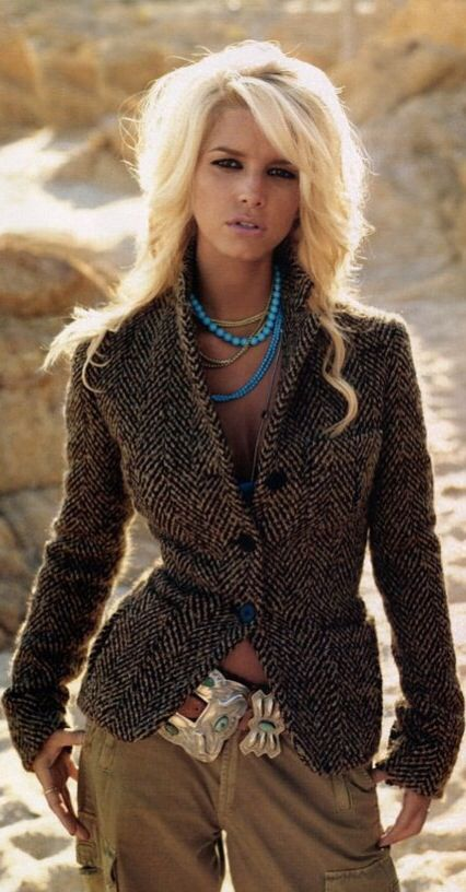 Jessica Simpson Ralph Lauren Outfit - love the tweed and turquoise