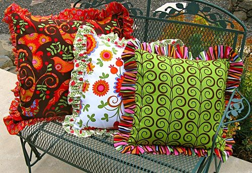 Ruffled Pillows Tutorial: Pillows Covers, Sewing Projects, Cute Pillows, Pillows Tutorials, Big Ruffles, Throw Pillows, Diy'S Pillows, Ruffles Pillows, Pillows Sewing