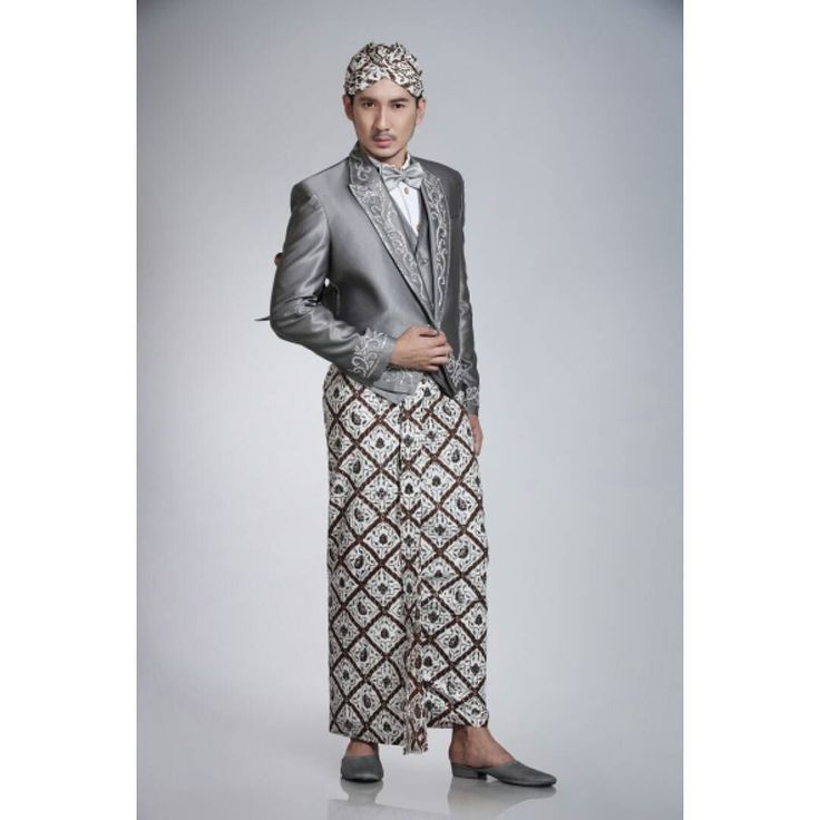 An editorial ad campaign for Java Wedding Modern Beskap by Sofyan Wedding Kebaya  Photograph by: Ronny Ario Joewono (@ronnyariojoewono)  Wardrobe and Make Up by: Sofyan Wedding Kebaya (@sofyan_wedding)  Creative Director/Stylist by: Nikho Nur Kholis (@nikhonurkholis)  Hairdo by: Imma Arussa (@imma_arussa)  #photograph #model #malemodel #designer #photograher #beskap #java #batik #wedding #javagroom #highfashion #menfashion #menswear #menstyle #indonesiafashion by terrysibarani
