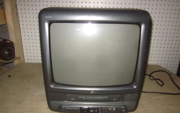 "Zenith 13"" CRT TV VCR Combo Color Television Built In VHS Player Gaming Home RV"