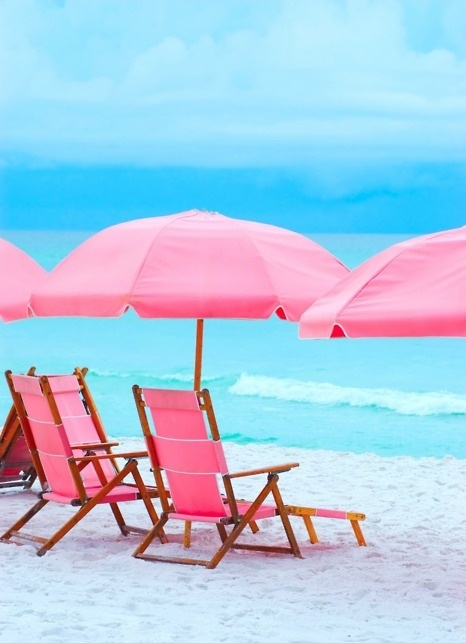 pink summer: At The Beaches, Pink Summer, Summer Beaches, Beaches Umbrellas, Pink Beaches, Beaches Chairs, The Ocean, Pink Chairs, Pink Umbrellas
