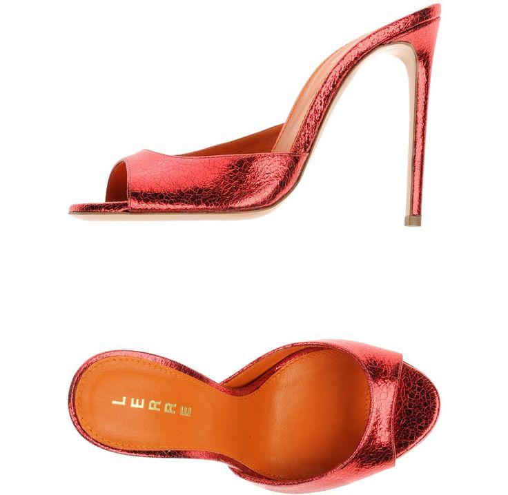LERRE ΠΑΠΟΥΤΣΙΑ Μουλάρια και τσόκαρα μόνο 180.00€ #sale #style #fashion