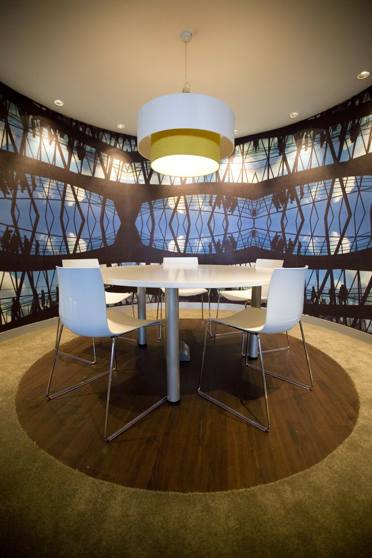 Die Burger used RSWallpaper to create a refined and polished finish to their boardroom.