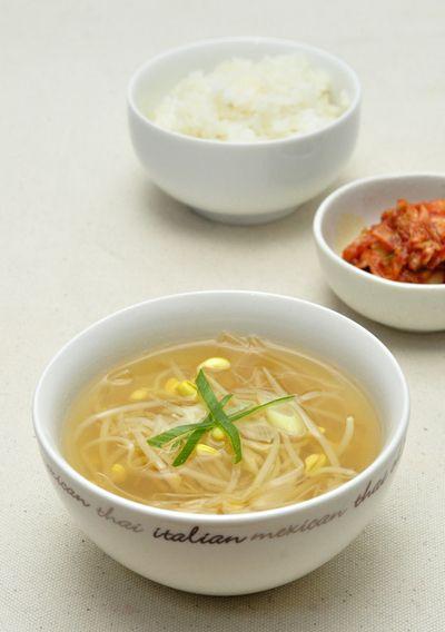 豆もやしのスープ「コンナムル グク」