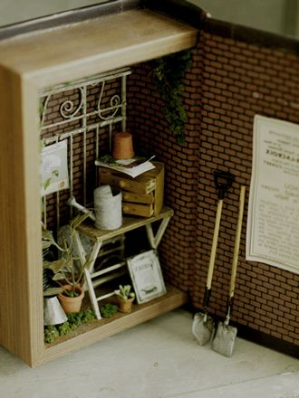 miniature* 小さな世界 : natural色の生活~handmade家具MINIATURE IN A BOOK? WHAT A GREAT IDEA