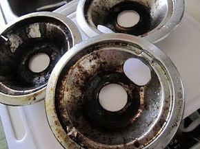 How to clean your stove top burner drip pans