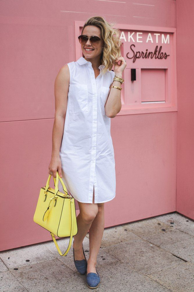 Around Town with Aerosoles + a fun nautical chic look to wear when your on the go | Uptown with Elly Brown