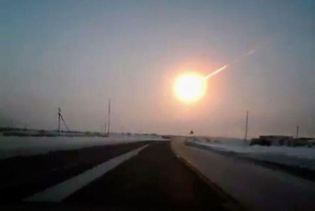 Meteor strike in Russia 15 Feb 2013