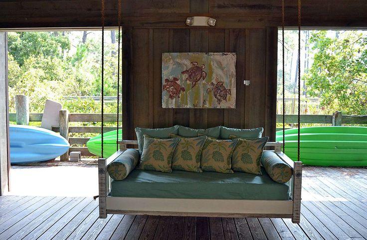 Best Modern Porch Swings Design ~ http://www.lookmyhomes.com/modern-porch-swings-ideas/