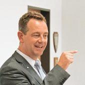 Vor der Bürgermeisterwahl: Duell in der Nibelungenhalle http://www.morgenweb.de/region/bergstrasser-anzeiger/lorsch/vor-der-burgermeisterwahl-duell-in-der-nibelungenhalle-1.3027374