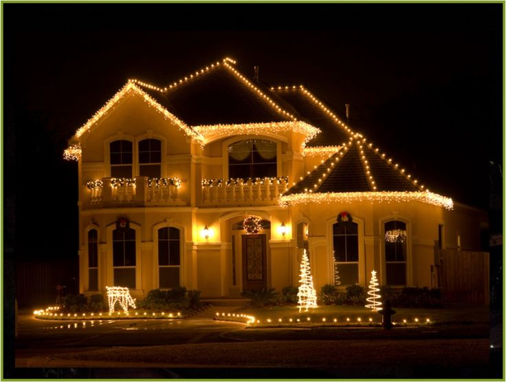 Make Your Holiday Lights Stand Out With These Expert Tips