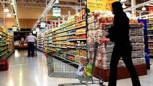 Fuerte alza de la canasta de alimentos en enero - Diario El Día