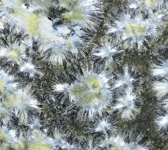 Strontiodresserite,  (Sr,Ca)Al2(CO3)2(OH)4•(H2O), Dielengraben, Stein, Dellach im Drautal, Gailtaler Alpen & Karnische Alpen, Carinthia, Austria