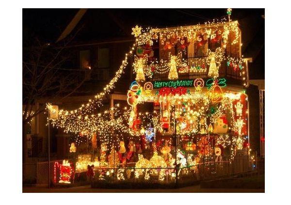 Extreme Christmas Lights-Worst Christmas Decorations Ever