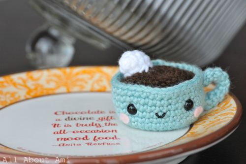 Crochet, what a cute cup of cocoa!
