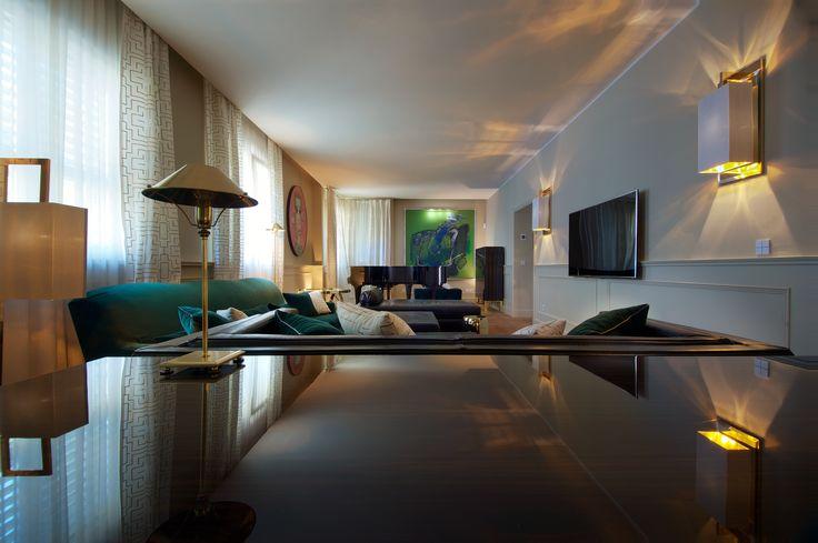 DOM EDIZIONI - Luxury home #domedizioni #luxuryfurniture #luxuryliving #luxuryhome #home