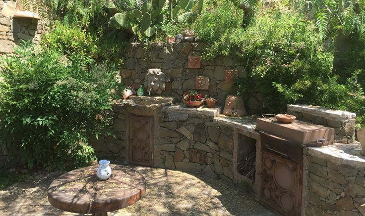 The garden is terraced and has many beautiful corners with pergolas and many plants. From the highest point you can enjoy an incredible view (In this place the architect has drawn up under the ground all the pipes to build a hot tub).