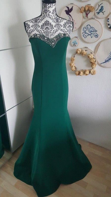 Abendkleid Maxikleid grün mit Steinen langes Kleid trägerlos