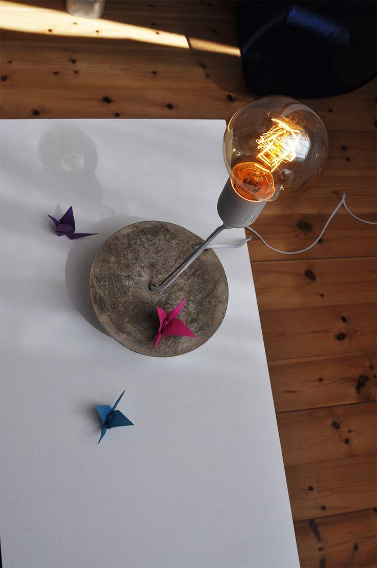 DIY Nachttischlampe aus Beton - in 2 Designs. Vintage Birne, Wohlfühl-Licht…
