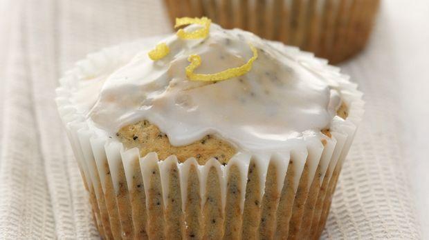 Nussmuffin mit Zitronenglasur: Rezept - Sweet & Easy - Enie backt - sixx
