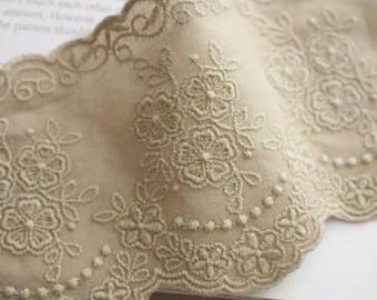 Amplia bordada Beige algodón encaje Trim por la yarda (ancho de 9 cm) 81722