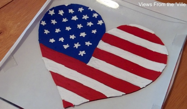 Painted Plate @ http://viewsfromtheville.com/2012/06/29/easy-diy-fourth-of-july-decoration/